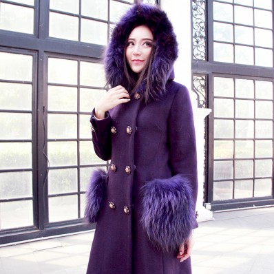 QUEENIES Exclusive production luxurious crystal button coat
